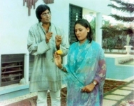 Big B gets nostalgic as 'Chupke Chupke' clocks 46 years
