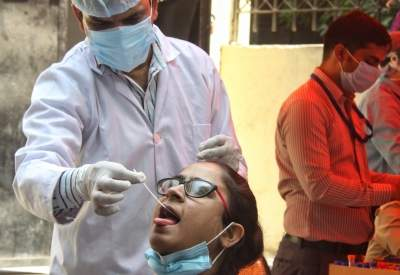 74% new Covid cases reported in 10 states; Maha, K'taka on top
