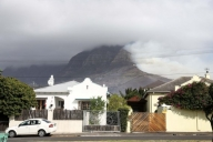 S.African air force to help douse Table Mountain fire