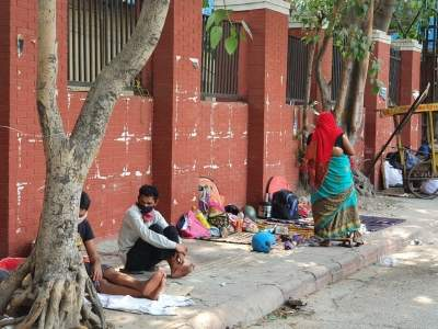 The plight of Covid patients' kin outside Delhi hospitals