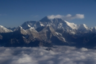 China cancels climbing on Mt. Everest