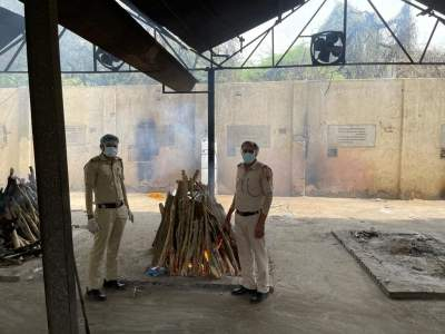 Delhi Police perform last rites of elderly man whose family couldn't come from US