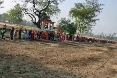 Women offer prayers to 'Corona Mai' in UP villages