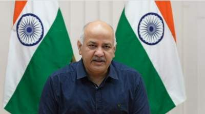 BJP accuses AAP govt of creating panic for oxygen crunch; Sisodia terms it fake report