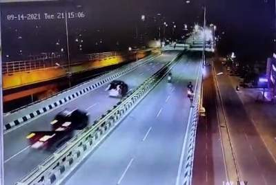 CCTV footage of K'taka flyover accident emerges, car driver suspected of using drugs (Ld)
