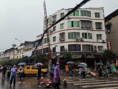 3 dead, 60 injured in 6.0-magnitude China earthquake (Ld)