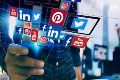 In Kashmir, govt employees can no longer use social media to spread separatism