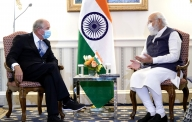 PM meets American CEOs, extends invitation for larger investment in new tech (2nd Ld)