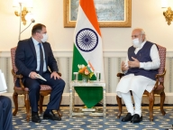 Modi meets with Qualcom CEO to highlight hi-tech opportunities (Lead)