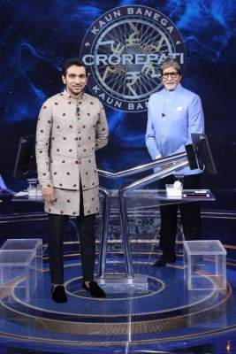 On 'KBC 13', Big B shares what 'Anand' did for him