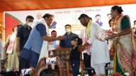 Assam CM urges those who crossed 17 years to get jabbed